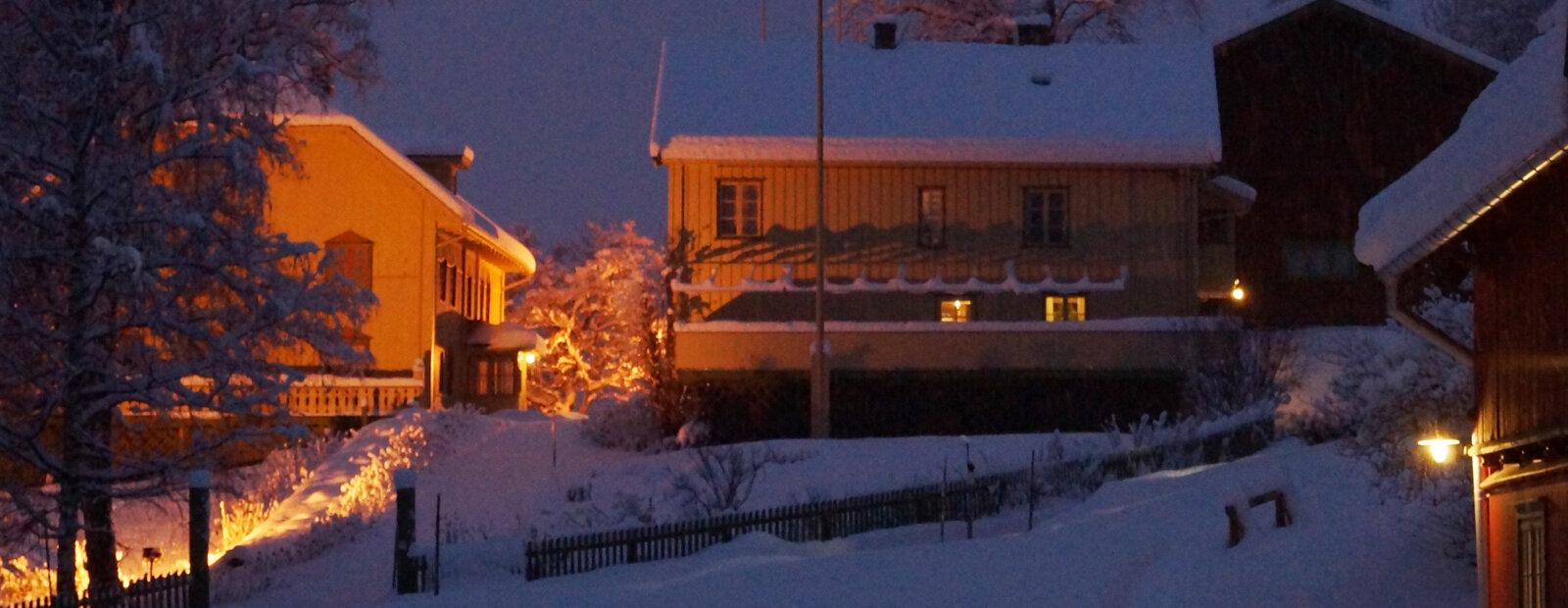 Vinter å tunet på Aulestad